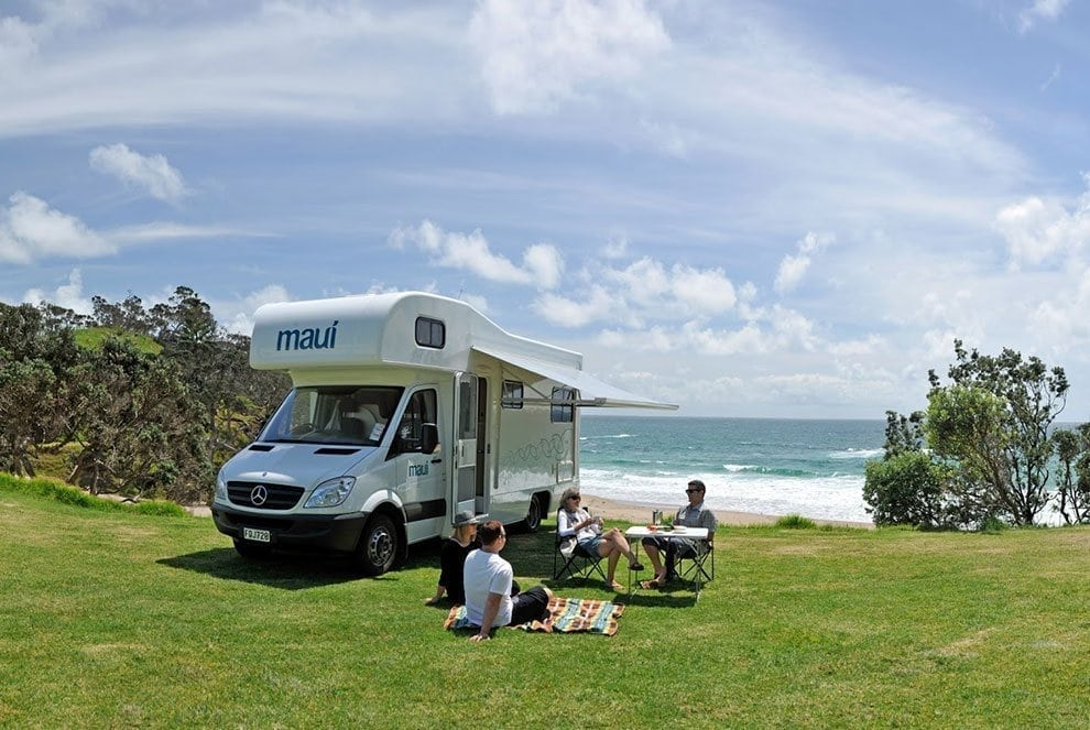 Maui motorhome customer is enjoying a picnic lunch